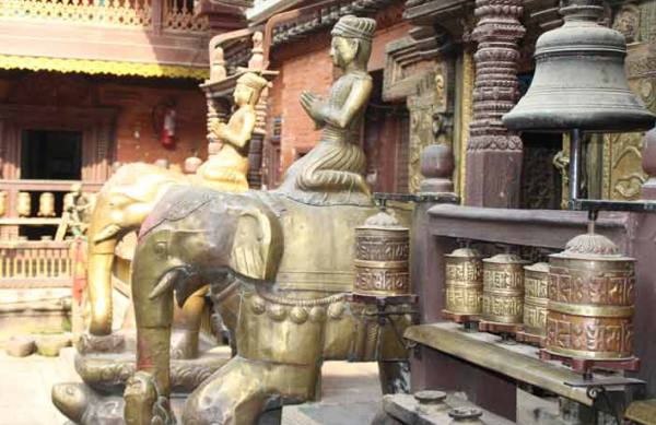 Statue at Golden Temple